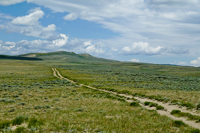 Obscure road on BLM land in SW Wyoming. Safe from official state harassment?